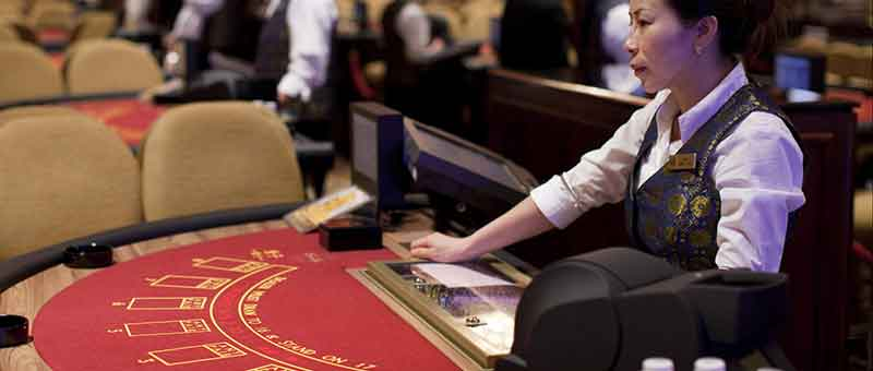 Software News: Macau Gambling Staff Shortage Seen by 2020