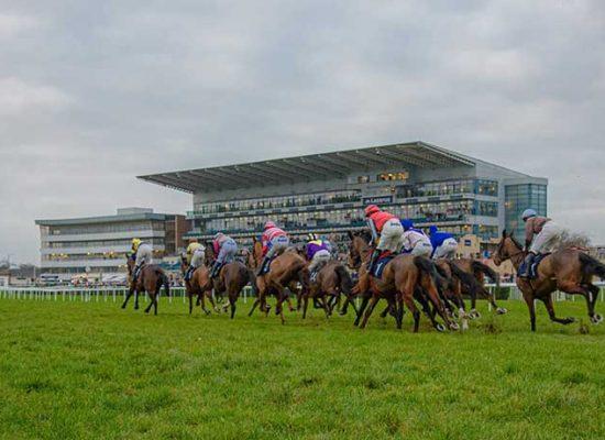 UK Racecourses to Waive Bookie Fees When Spectators Return